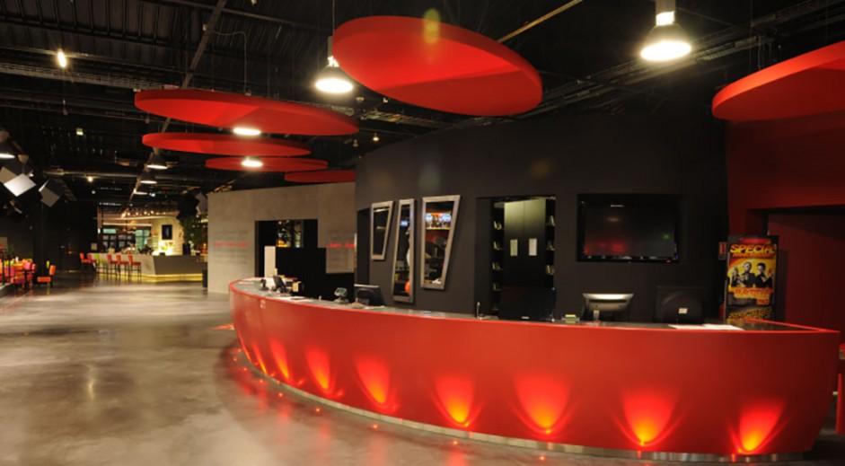 bowling laser game restaurant amiens. Black Bedroom Furniture Sets. Home Design Ideas